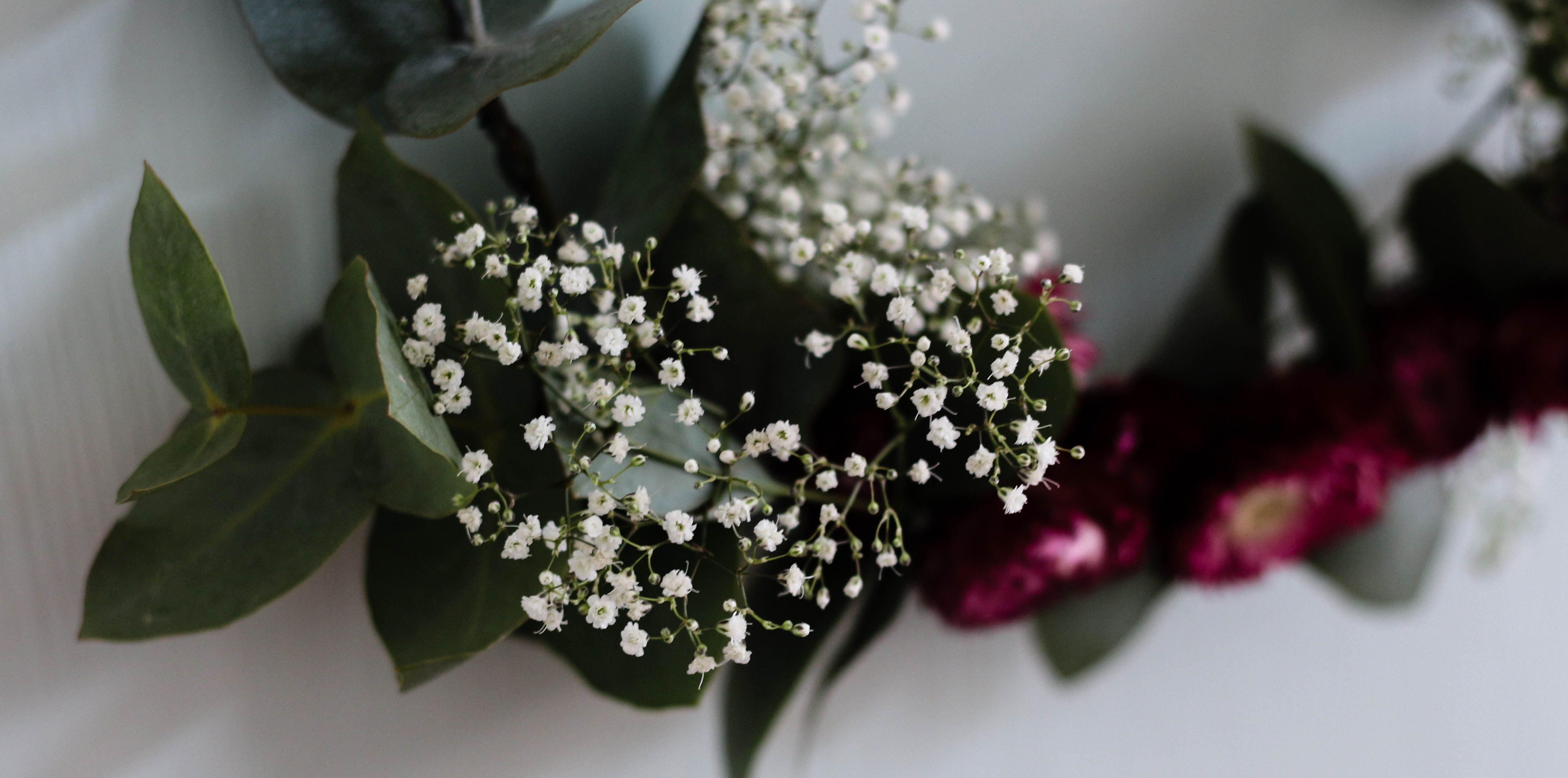 Herbstzeit ist Bastelzeit: DIY Blumenkranz