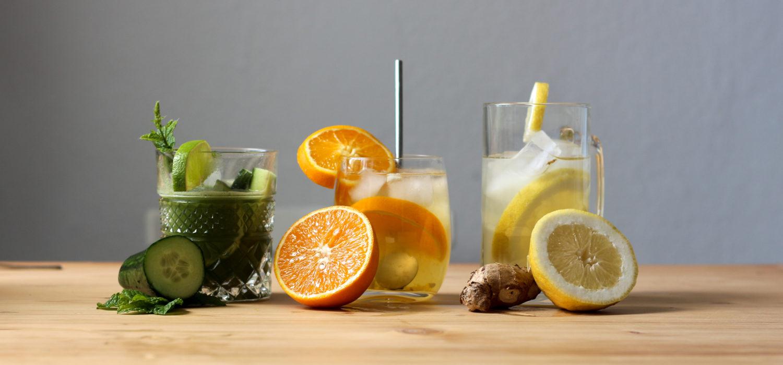 Erfrischung aus dem Glas – drei leckere Sommerdrinks