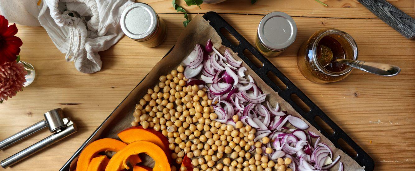 Spätsommer-Salat mit Kürbis und Kichererbsen