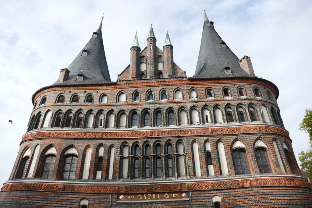 Fassade das Lübecker Holstentors