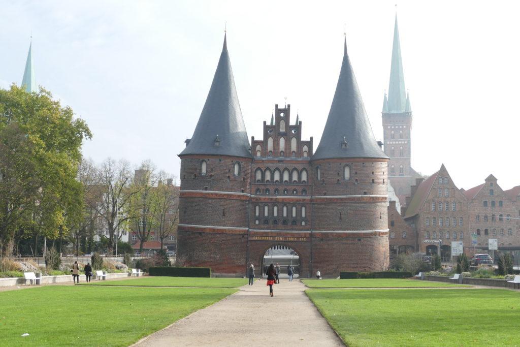 Lübecker Holstentor von vorn