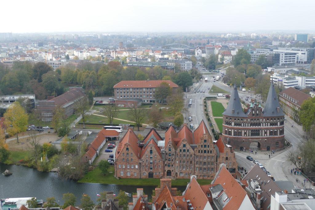 Holstentor Lübeck aus der Vogelperspektive